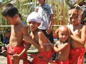 Nyobeng, Borneo, Culture, Traditional, Bidayuh, Gawai, Land Dayak, Kalimantan Barat, Sarawak, Sebujit, ritual, kuching, native, malaysia, indonesia, Bengkayang, village, baruk, kids