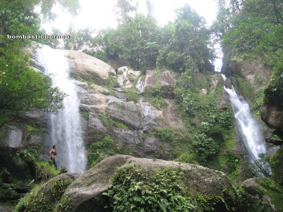 Mureh Twin Waterfall