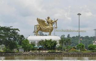 Kutai Kartanegara, Indonesia, Balikpapan, adventure, Borneo, Dayak, East Kalimantan Timur, Mahakam river, coal, Lembu Suana, Pulau Kumala Island,
