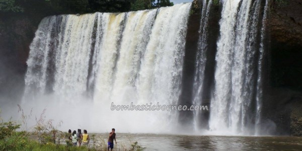 air terjun, authentic, dayak selako, Dusun Perbuak, Indigenous Ethnic, Indonesia, Kecamatan Air Besar, Mananggar, Melanggar, nature, Obyek wisata, outdoor, trekking, tribal,