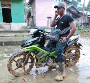 adventure, authentic, Bananggar waterfall, Borneo, Dayak Selako, Gawai Padi, indigenous, Kecamatan Air Besar, native, outdoors, traditional, tribal, tribe, village, Kampung, motorbike ride.