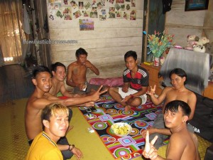 authentic village, Bengkayang, Borneo event, budaya, crossborder, culture, dayak Bidayuh, indigenous native, Kampung Padang Pan, ngabang, Nyobeng Sebujit, paddy harvest festival, Sarawak, traditional, transborder, tribal, tribe, tuak, Rice wine,