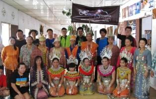 adventure, air terjun, authentic Borneo, cock fighting, culture, Ethnic, native homestay, indigenous, Ngajat, orang asli, rumah panjang, Sea dayak, skulls, Tourism, tourist attraction, tribal, tribe, ulu undop, village,