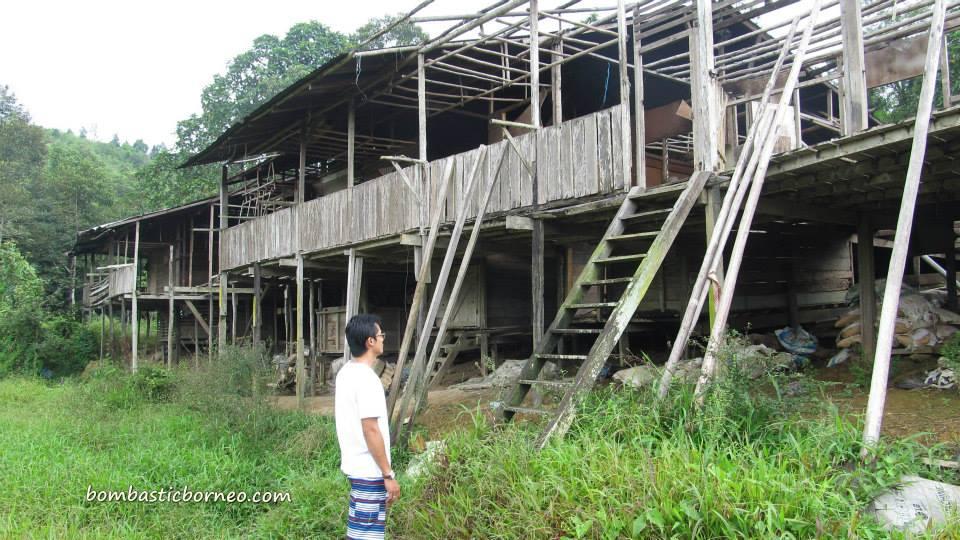 Sri Aman Malaysia  City pictures : ... Dayak Iban Longhouse Sri Aman Sarawak Malaysia | BOMBASTIC BORNEO