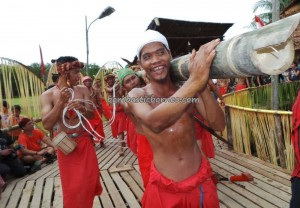adventure, authentic village, baruk, bengkayang, cultural tourism, Dayak culture, indigenous, Indonesia, West Kalimantan Barat, Kampung Gumbang, native, nyobeng gawai, outdoor, Rumah Adat Baluk, skull house, Siding, tribal, tribe, wisata Budaya,