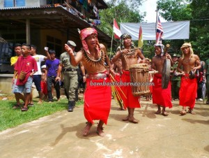 authentic village, Bengkayang, culture tourism, Dusun Sebujit, indigenous, indonesia event, West Kalimantan Barat, native, Nibakng, nyobeng, outdoor, gawai harvest festival, ritual ceremony, Rumah Adat Baluk, Siding, thanksgiving, tribe, Wisata Budaya,