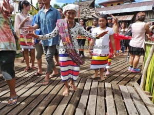 authentic village, Bengkayang, culture tourism, Dusun Sebujit, indigenous, Indonesia event, West Kalimantan Barat, native, Nyobeng, outdoor, gawai harvest festival, ritual ceremony, Rumah Adat Baluk, Siding, thanksgiving, tribal, Wisata Budaya, Desa Hli Buei,