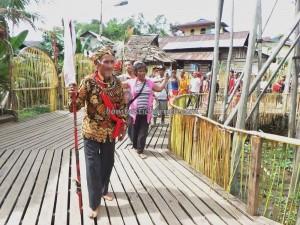 Rumah adat baruk, bengkayang, Borneo event, cultural dance, dayak bidayuh, indigenous, native, Obyek wisata, outdoor, paddy harvest festival, ritual, Sarawak, skull house, traditional, transborder, tribal, tribe, village