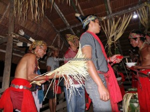 authentic ceremony, baruk, bengkayang, Borneo Culture, cleansing, Bidayuh gawai, Desa Hli Buei, indigenous, West Kalimantan Barat, Kampung Padang Pan, native village, Nyobeng Sebujit, Obyek wisata, paddy harvest festival, ritual, Siding, traditional, tribal, tribe,