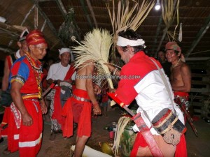 authentic village, bengkayang, Borneo budaya, Ceremony, cleansing, bidayuh culture, indigenous, West Kalimantan Barat, Kampung Padang Pan, native event, nyobeng, Obyek wisata, outdoor, gawai harvest festival, palm wine, ritual, thanksgiving, tribal, tribe,