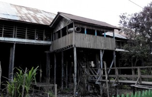 authentic village, culture, homestay, indigenous, West Kalimantan Barat, Borneo, Obyek wisata budaya, Putussibau Utara, Suku Dayak Kayan, Tourism, tourist attraction, traditional longhouse, travel guide, tribal, tribe,