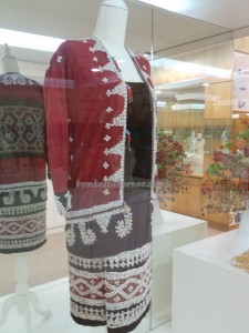 antique, beads, culture, Ethnic, handicrafts, jewellery, Kuching, malaysia, native, Tourism, tourist attraction, tradition, travel guide, Tun Jugah Gallery, Useful information, weaving