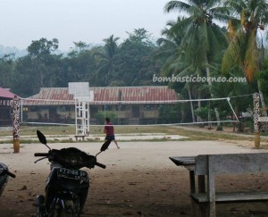 authentic, Berau, Borneo, budaya, culture, indonesia, Kampung, Obyek wisata, sculptures, Sungai Kelay, Totem Pole, Tourism, tourist attraction, traditional, tribal, tribe, wisata alam,