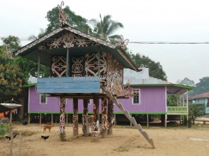 authentic, Berau, budaya, culture, east kalimantan timur, Ethnic, indigenous, indonesia, Kampung Merasa, Lumbung Padi, native, Obyek wisata, sculptures, Sungai Kelay, Tourism, traditional, village,
