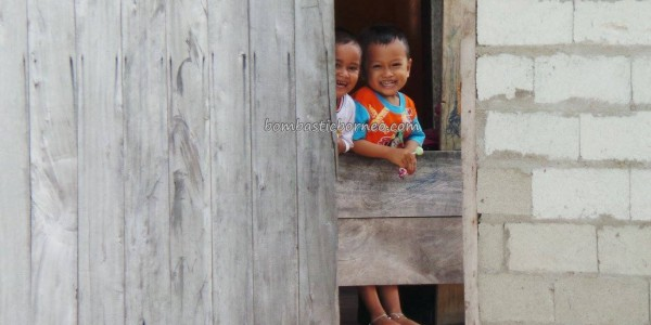 authentic, Bajau, Borneo, fishing village, hidden paradise, homestay, indigenous, Kampung Teluk Alulu, nature, Obyek wisata, outdoors, Pulau, sandy white beaches, Tourism, tourist attraction, travel guide