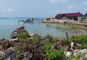 adventure, authentic, indigenous Bajau, Berau, Derawan Archipelago, diving spot, fishing village, homestay, Kampung Teluk Alulu, nature, Obyek wisata, Pulau, island, beaches, Suku Bajo, Tourism, tourist attraction,