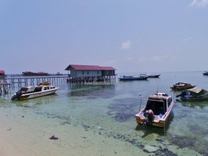 Bajau Fishing village, Berau, Borneo, Dive Lodge Resort, Pulau, Island, hidden paradise, homestay, marine life, nature, Obyek wisata, outdoors, snorkeling, Suku Bajo, Tourism, tourist attraction, travel guide, underwater,