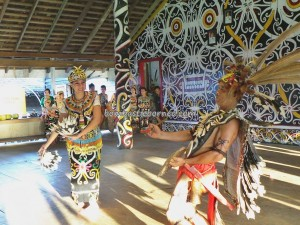 authentic village, motif, cultural dance, indigenous, North Kalimantan Utara, longhouse, Malinau Selatan Hilir, native, Obyek wisata budaya, orang asal, Suku Dayak Kenyah, Tourism, traditional, travel guide, tribal, tribe, ethnic, irau festival