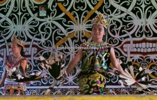 authentic, Desa Setulang, Ethnic, event, indigenous, North Kalimantan Utara, Lamin Adat, longhouse, Selatan Hilir, Obyek wisata budaya, Irau Festival, Suku Dayak Kenyah, tourist attraction, traditional, tribal, tribe, village,