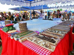 authentic, culture, event, HUT, indigenous, Festival, ethnic, orang asal. native, pesta adat, Suku Dayak, Lundayeh, Tourism, tourist attraction, traditional, travel guide, tribe,