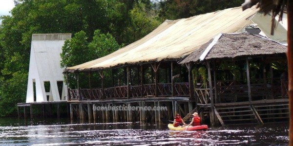 Bamboo rafting, kayaking, beach, batik painting, crab catching, family vacation, fishing, hidden paradise, mangrove forest, nature, surfing, tourist attraction, travel guide, water sports, 度假, 沙巴, 龍尾湾