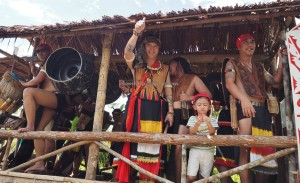 authentic, ethnic, tribal, tribe, culture, backpackers, Kampung, Kuching, Serian, Borneo, paddy harvest festival, special tours, Tourism, tourist attraction, traditional, travel guide, 沙捞越丰收节日