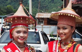 authentic, kumang, native, tribe, culture, event, village, Kuching, Serian, Malaysia, Gawai harvest festival, thanksgiving, Tourism, tourist attraction, traditional, travel guide, 沙捞越丰收节日