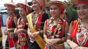 authentic, indigenous, kumang, native, tribal, tribe, culture, backpackers, Kampung Taee, Serian, Borneo, Malaysia, paddy harvest, thanksgiving, Tourism, traditional, travel guide,