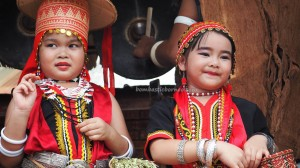 authentic, kumang, native, tribal, culture, event, Kampung, Kuching, Serian, Malaysia, Gawai harvest festival, thanksgiving, Tourism, tourist attraction, traditional, travel guide, 沙捞越丰收节日