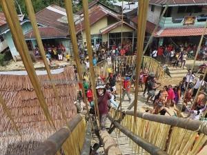 authentic, cultural dance, budaya, dayak, Desa Bengkawan, Bengkayang, Kalimantan Barat, Nyobak'ng, gawai harvest festival, ritual event, Rumah Adat Baluk, skull house, tengkorak, obyek wisata, Tourism, travel guide, backpackers,