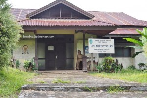 school, authentic village, indigenous, Seluas, Bengkayang, Borneo, gawai dayak, Tourism, crossborder. transborder, travel guide, native, tribal, tribe, Waterfall, air terjun,