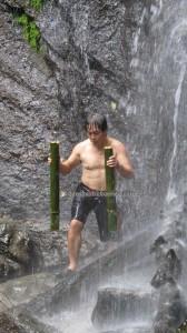 adventure, outdoor, nature, trekking, rainforest, air terjun, Sinutut waterfall, native, backpackers, Borneo Highlands, dayak bidayuh, Kuching, Malaysia, Padawan, Tourism, travel guide, 沙捞越瀑布