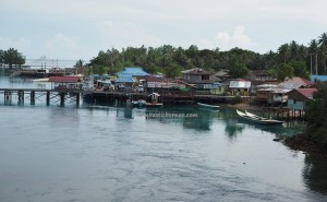 authentic, adventure, nature phenomenon, alam, hidden paradise, lake, tasik, backpackers, Biduk-Biduk, Borneo, Tourism, tourist attraction, travel guide, fishing village, beach, pantai,