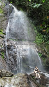 adventure, outdoor, nature, trekking, rainforest, air terjun, native, tribe, backpackers, Borneo Heights, dayak bidayuh, Kampung, Padawan, tourism, travel guide, 沙捞越瀑布