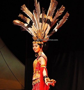 Bujang Dara, authentic, Adat budaya, event, Pekan Gawai, harvest festival, Ethnic, native, Borneo, Rumah Radakng, Tourism, obyek wisata, traditional, tribal, tribe, 婆罗洲原著民丰收节日