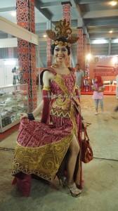 Bujang Dara, authentic, Indigenous, culture, event, Dayak harvest festival, ethnic, Borneo, West Kalimantan, Tourism, tourist attraction, traditional, tribal, tribe, crossborder, 婆罗洲原著民丰收节日