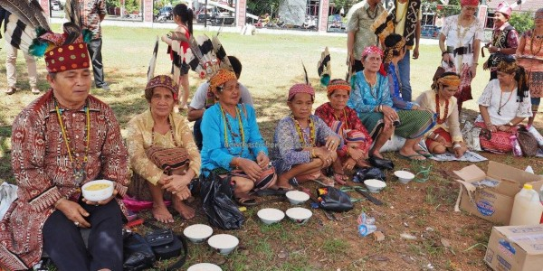 Indigenous, Adat budaya, culture, event, harvest festival, Ethnic, native, Indonesia, Kalimantan Barat, Putussibau, tourist attraction, traditional, travel guide, tribal, tribe, 婆罗洲原著民丰收节日