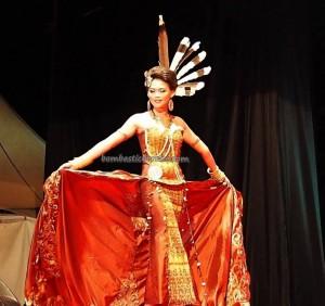 Beauty contest, authentic, Indigenous, culture, event, harvest festival, ethnic, Borneo, Indonesia, West Kalimantan, Tourism, obyek wisata, traditional, travel guide, tribe, 婆罗洲原著民丰收节日
