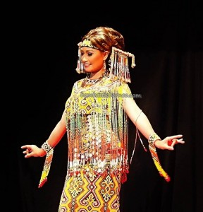 Beauty contest, authentic, Indigenous, Pekan Gawai Dayak, harvest festival, native, Borneo, Indonesia, West Kalimantan, Rumah Radakng, Tourism, tourist attraction, traditional, tribal, tribe, 婆罗洲原著民丰收节日