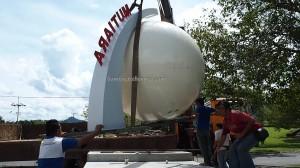 Bandar Mutiara, hornbill sculpture, Borneo, pearl icon, Entikong, Kuching, news, Pontianak, 沙捞越, update, transborder, crossborder,