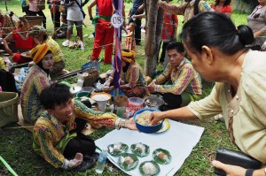 Lomba Mangenta, exotic delicacy, cooking competition, Festival Budaya, Isen Mulang, Indigenous, Central Kalimantan, Palangkaraya, makanan, suku dayak, event, Carnival, Pariwisata, tourist attraction, tradisional, travel guide,