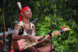 singing contest, nyanyian, Lomba Karungut Putra, authentic, Borneo, 中加里曼丹, Palangka Raya, culture, event, ethnic, native, suku dayak, Pariwisata, Tourism, traditional, tribal,