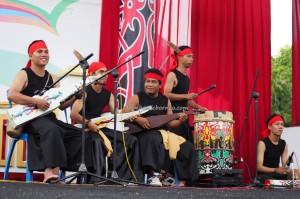 song competition, nyanyian, Lomba Karungut Putra, Indigenous, backpackers, Borneo, Kalimantan Tengah, Indonesia, Palangkaraya, cultural dance, pesta, ethnic, native, Tourism, tribal, tribe,