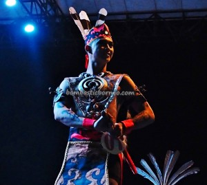 Lomba Jagau, authentic, talent show, carnival, Borneo, Central Kalimantan, Kalteng, Indonesia, native, Suku Dayak, Pariwisata, tourist attraction, travel guide, tribal, tribe, backpackers,