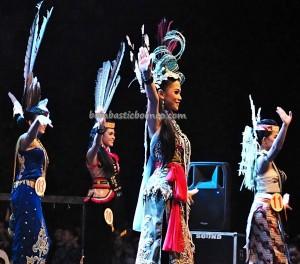 Isen Mulang, authentic, Festival Budaya, event, beauty contest, talent show, carnival, Central Kalimantan, 中加里曼丹, Palangka Raya, Suku Dayak, Obyek wisata, Pariwisata, tourist attraction, travel guide, tribe
