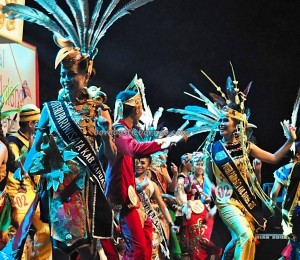 Isen Mulang, authentic, Indigenous, Festival Budaya, event, beauty contest, carnival, Borneo, Central Kalimantan, 中加里曼丹, Indonesia, Obyek wisata, Tourism, traditional, tribal,