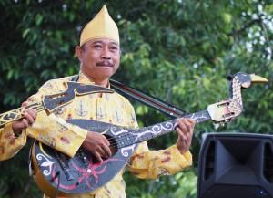 singing contest, nyanyian, festival Budaya, Indigenous, Borneo, 中加里曼丹, Indonesia, Palangkaraya, culture, ethnic, native, Pariwisata, Tourism, traditional, tribal, tribe