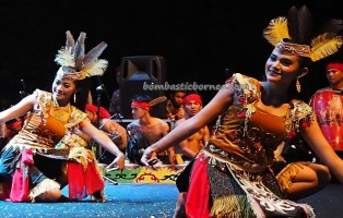 Festival Budaya, Isen Mulang, indigenous, Borneo, Central Kalimantan, 中加里曼丹, Palangka Raya, cultural dance, native, Suku Dayak, Pariwisata, tourist attraction, tradisional, travel guide, tribe, 婆罗洲文化舞蹈,