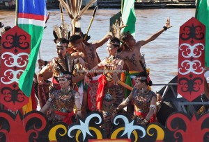 River Parade, Lomba Jukung, Festival budaya, Isen Mulang, Indigenous, Central Kalimantan, 中加里曼丹, Indonesia, carnival, native, event, Sungai Kahayan, Pariwisata, tourist attraction, traditional, tribal,