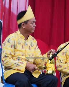singing contest, Lomba Karungut Putra, authentic, Indigenous, 中加里曼丹, Borneo, Indonesia, Palangka Raya, carnival, native, suku dayak, obyek wisata, travel guide, tribe, tribal, tourism,